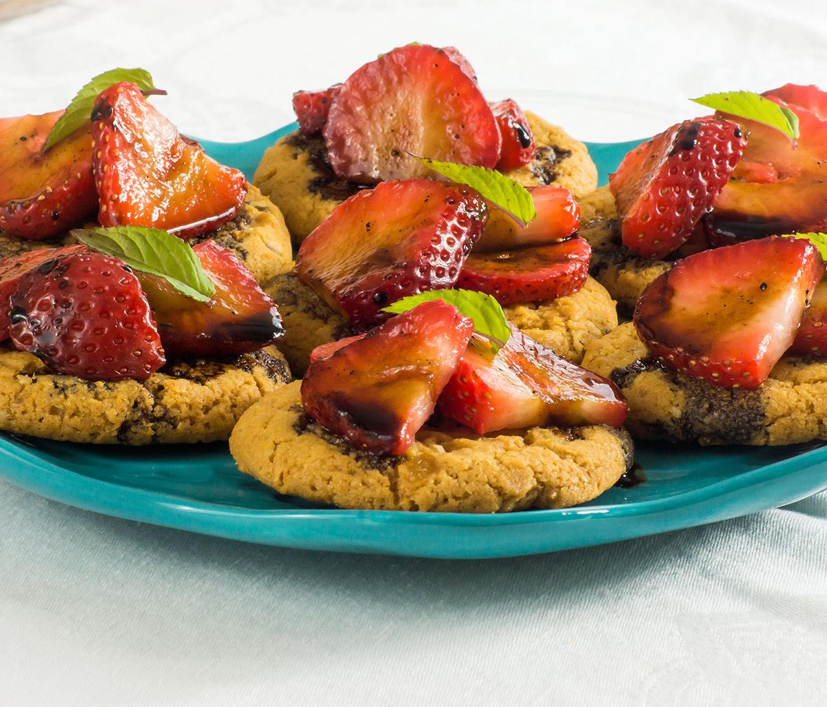 Strawberry Balsamic Ginger Bites
