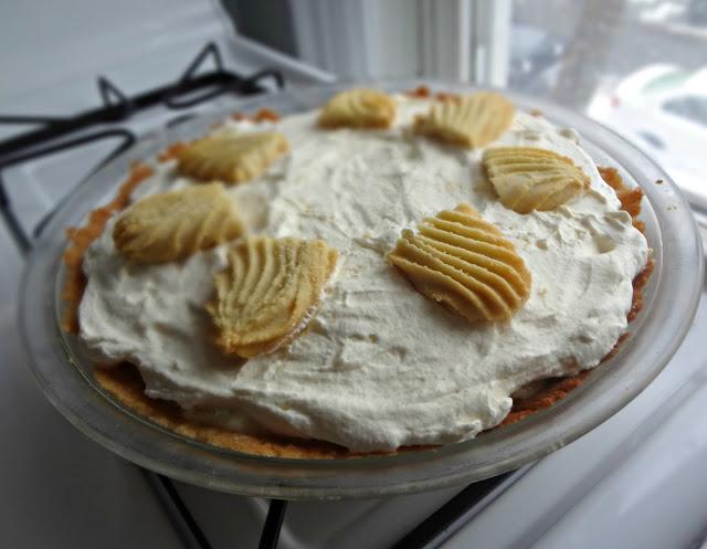 Vanilla and Honey Shortbread Pie