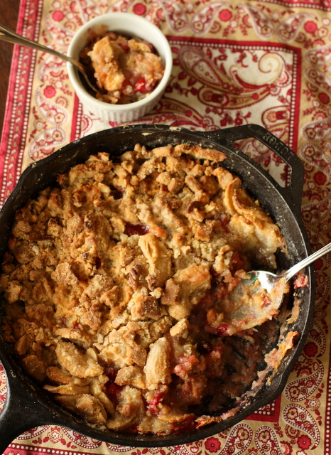 Apple Cranberry Crisp with Ginger Cookie Crumble