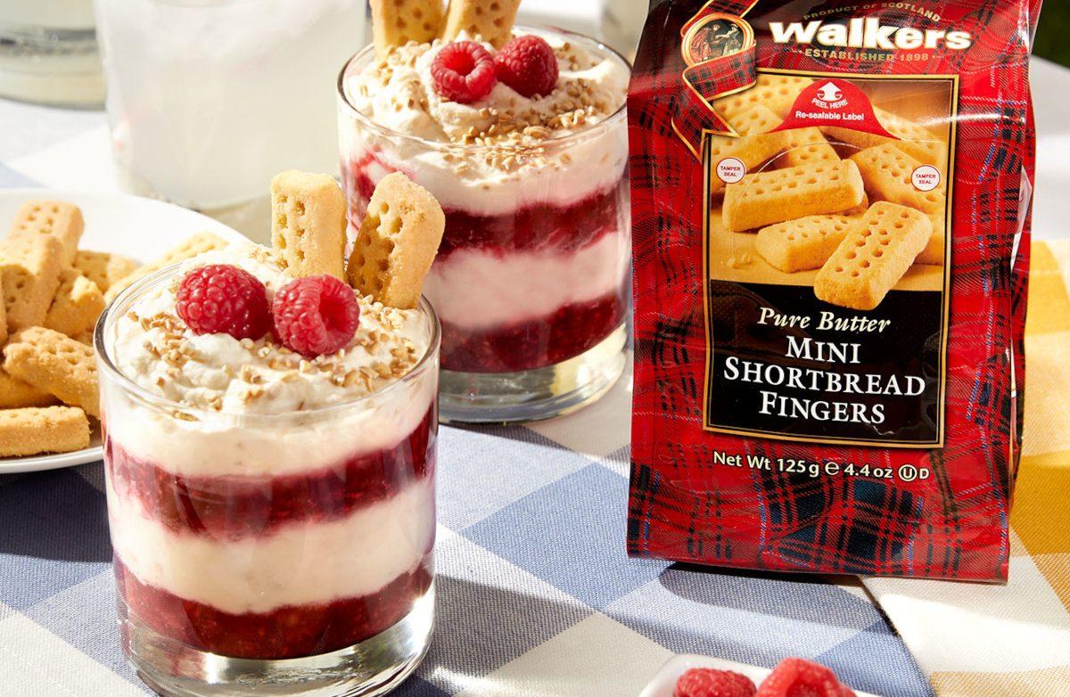 Cranachan with Walkers Mini Shortbread Fingers