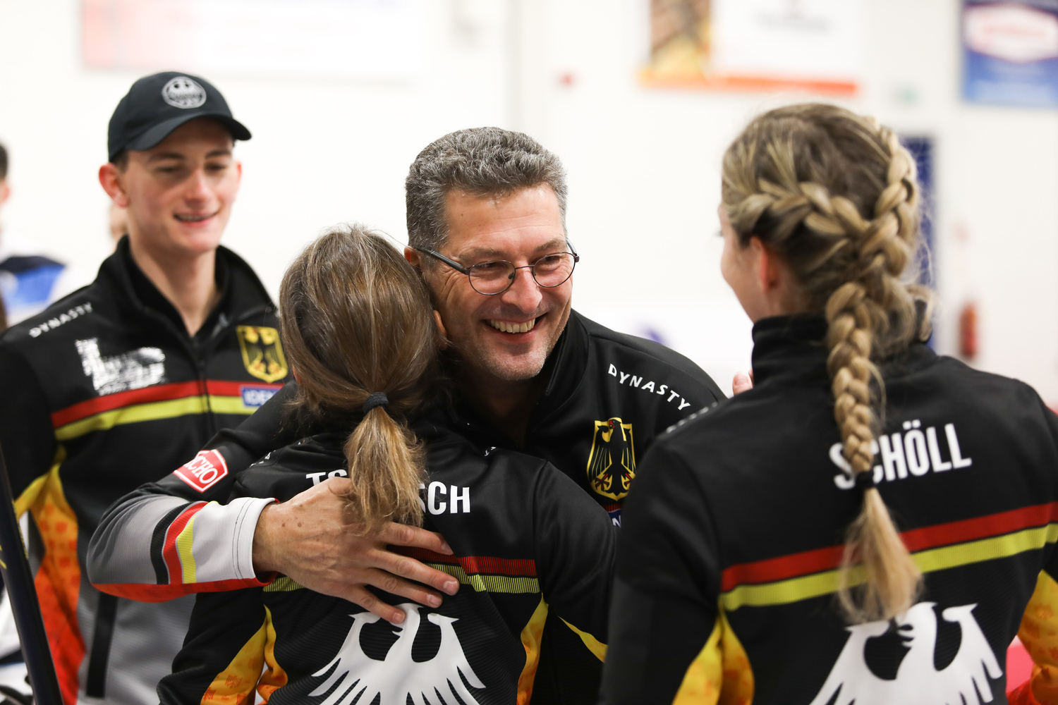 Canada and Germany reach 2019 World Mixed final - World Curling Federation