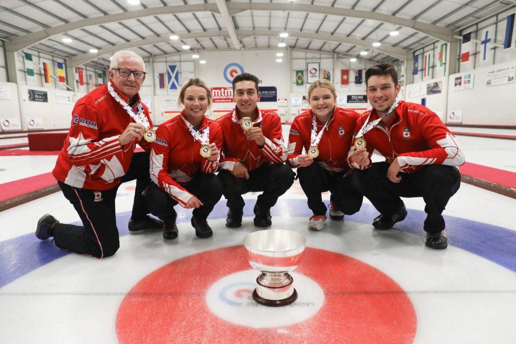 Brendan Bilawka, CAN, Colin Kurz, Jim Waite, Meghan Walter, Sara Oliver, Trophy, © WCF / Stephen Fisher