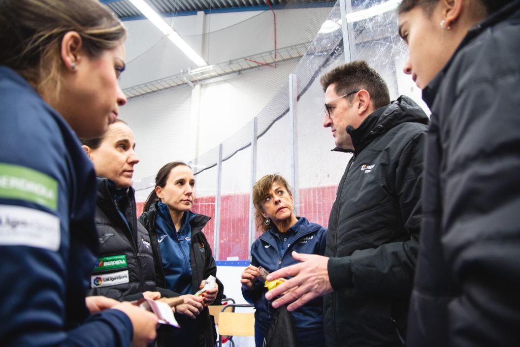 Asun Manterola, Irantzu Garcia, Leire Otaegi, Martin Stucki, Oihane Otaegi, Patricia Ruiz, esp © WCF / Celine Stucki