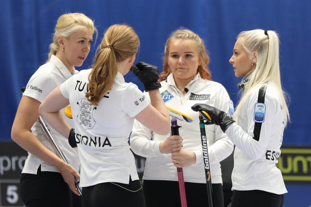 Erika Tuvike, Heili Grossman, Kerli Laidsalu, Marie Turmann, est © WCF / Richard Gray