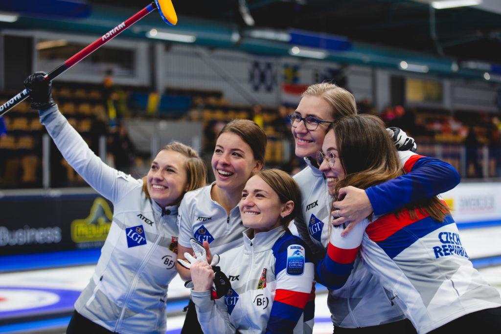 Alzbeta Baudysova, Anna Kubeskova,  Ezen Kolcevskaja, Michaela Baudysova, Petra Vinsova, cze © WCF / Celine Stucki