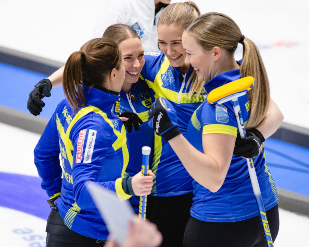 Agnes Knochenhauer, Anna Hasselborg, Sara McManus, Sofia Mabergs, swe © WCF / Celine Stucki