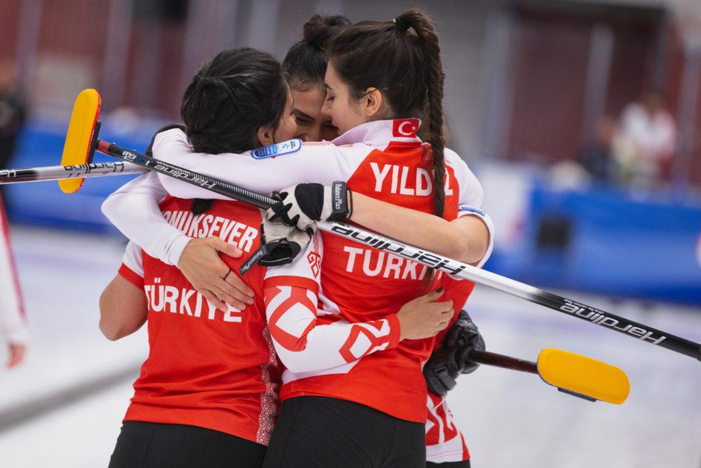 Dilsat Yildiz, Mihriban Polat, Oznur Polat, Semiha Konuksever, tur © WCF / Celine Stucki