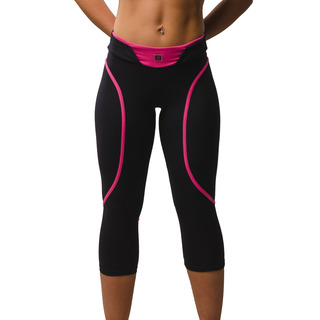 Eszter Multi-functional 3/4 Capri Legging Jet Black / Hot Pink Front