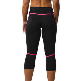 Eszter Multi-functional 3/4 Capri Legging Jet Black / Hot Pink Back