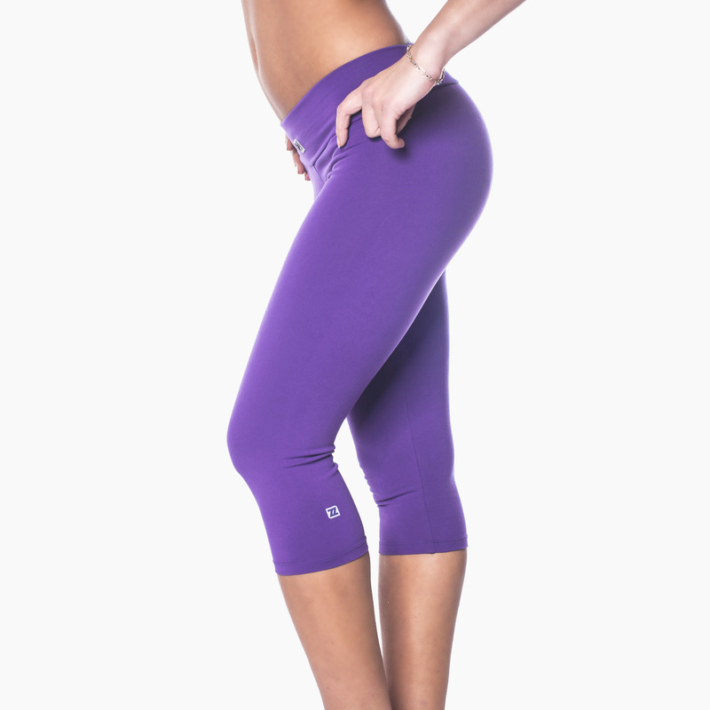 Zavia Multi-functional 3/4 Capri Legging Purple Pout Front