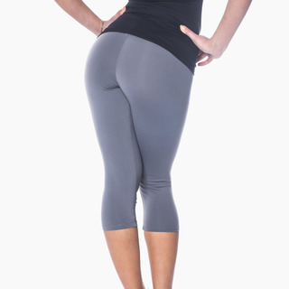 Zavia Multi-functional 3/4 Capri Legging Storm Grey Back