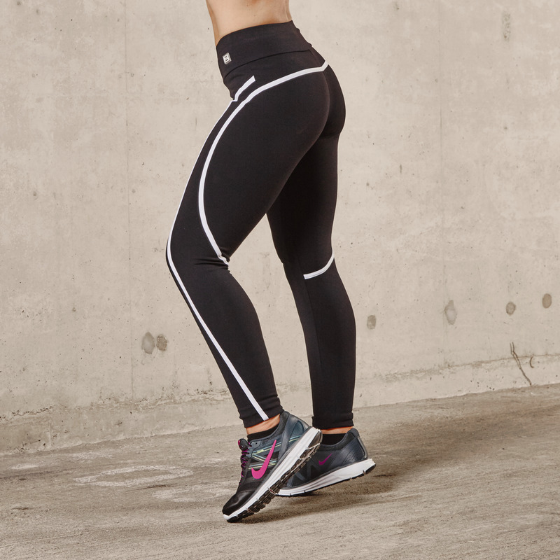 Eve Arctic White Jet Black Legging
