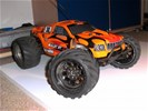 Bullet 3.0 rc nitro monster truck , stadium truck auto 1op10