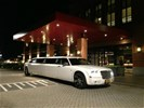Limousine huren, limo verhuur, huur een Chrysler limo