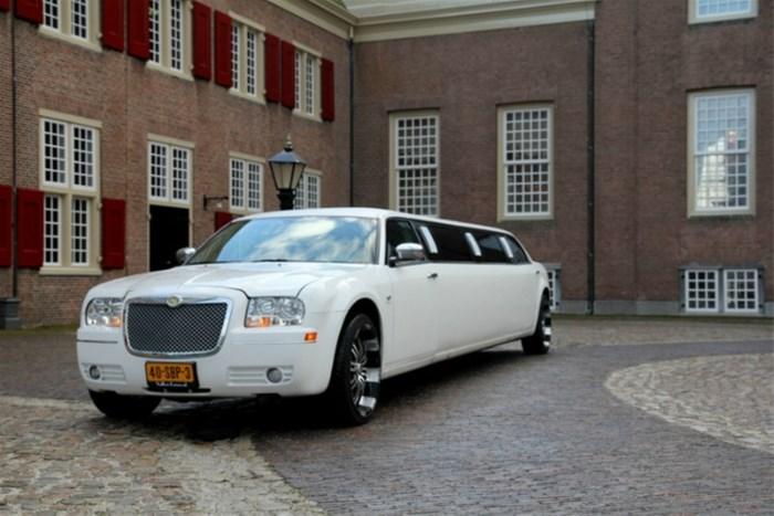 trouwauto, trouwvervoer, limo, limousine, trouwen, bruiloft Prijs Limousine.htm #13