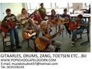 Gitaarles, drums, zang, piano
