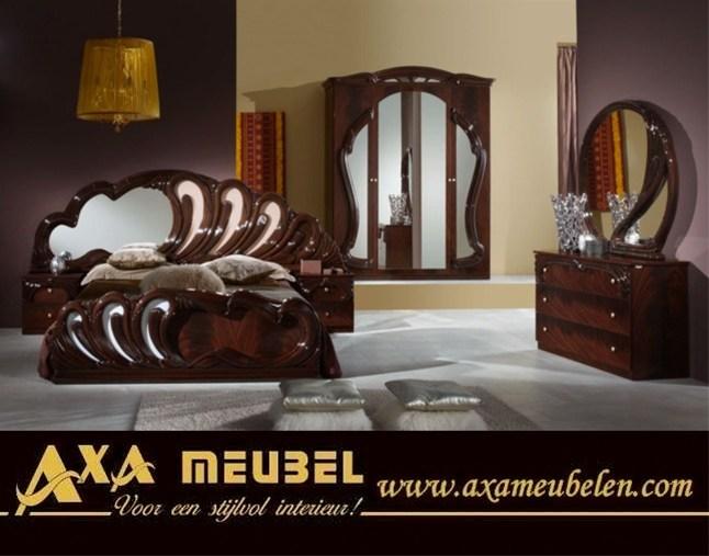 Goedkoop hoogglans italiaans slaapkamer meubel breda denhaag