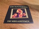 De sjonnies - de megahitmix ( 2 track cdsingle )