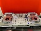 2x Pioneer CDJ 2000 NXS2 Witte + DJM 900 NXS2 Nexus2 Witte