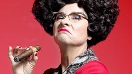 Helga Schneider la fermata Falera Biglietti