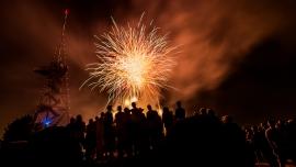 1. August Barbecue (ohne Getränke) mit Feuerwerk Hotel UTO KULM Uetliberg Biglietti