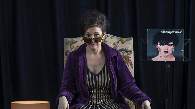"Bettina Dieterle: ""EgoBlues"" Theater im Teufelhof Basel Tickets"