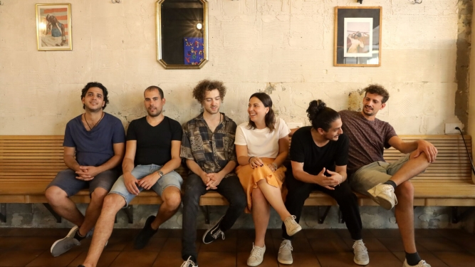 Café de Manhã und Rodrigo Botter Maio & Jazz via Brasil Sextett Musikklub Mehrspur Zürich Biglietti