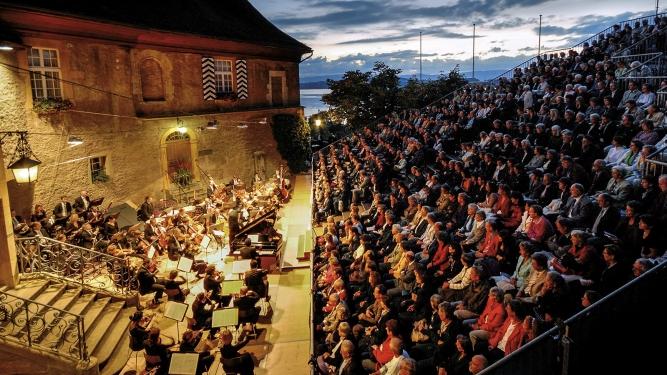 Sinfoniekonzert: Mahler / Strauss / Elgar Schlosshof Murten Tickets