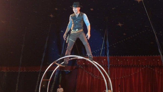 Weihnachtscircus Olympia Diverse Locations Diverse Orte Tickets