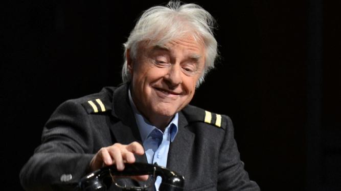 "Emil - ""No einisch!"" Theater National Bern Billets"