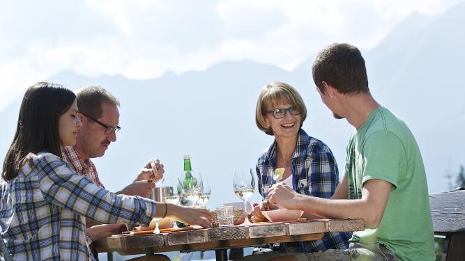 Kulinarik Trail Berg und Sicht 2018 Falera Falera Biglietti