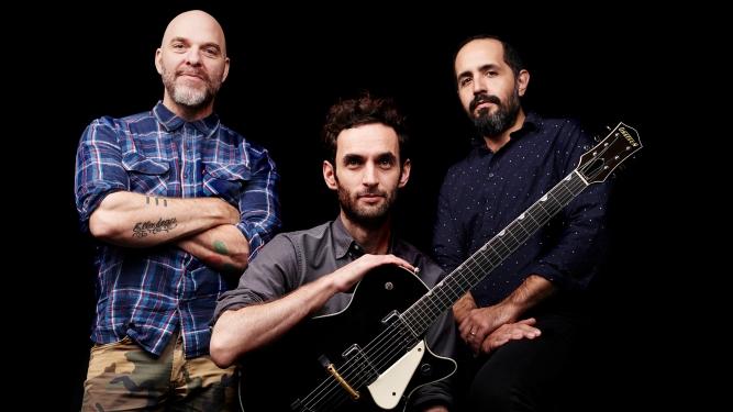 Julian Lage Trio Moods Zürich Tickets