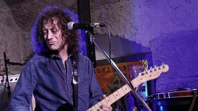Chrigu Blaser's Clapton / Knopfler / J.J. Cale Guitar Explosion Mühle Hunziken Rubigen Tickets