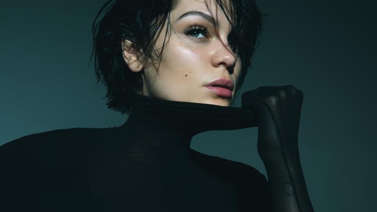 """Jessie J >> single """"I Want Love"""" 768x432_blueballs_18_jessiej"""