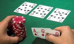 Pourquoi miser au poker