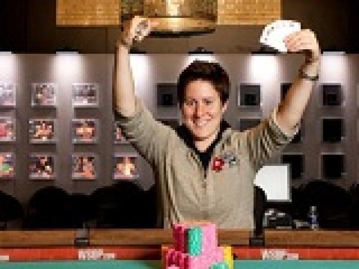 WSOP 2012: Vanessa Selbst remporte son second bracelet WSOP (Event #52)