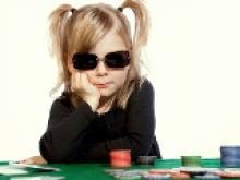 Un russe joue (et perd) sa fille de 10 ans aux cartes