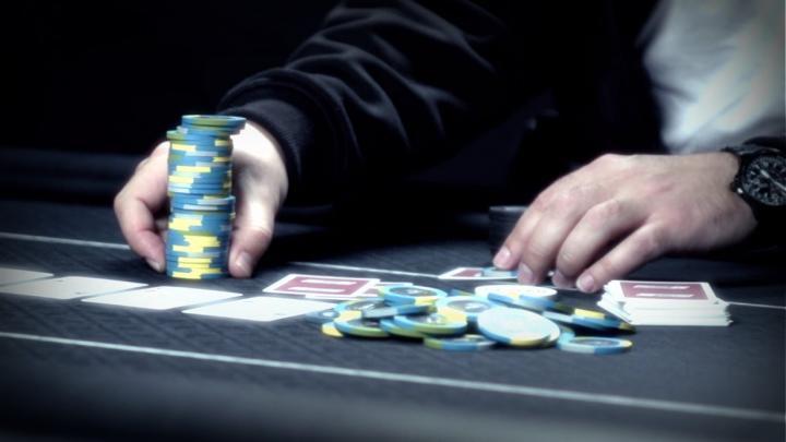 Le Floating en cash game : Quand et comment l'exécuter correctement ?