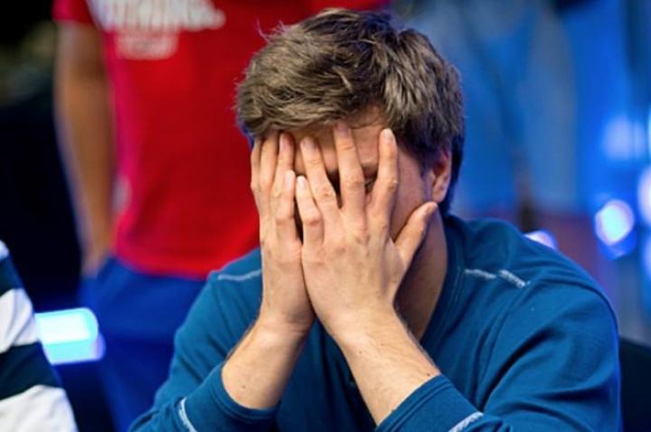Les pires erreurs au poker (compilation de vidéos)
