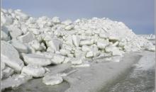 Ledus krāvumi līcī un Daugavgrīvā