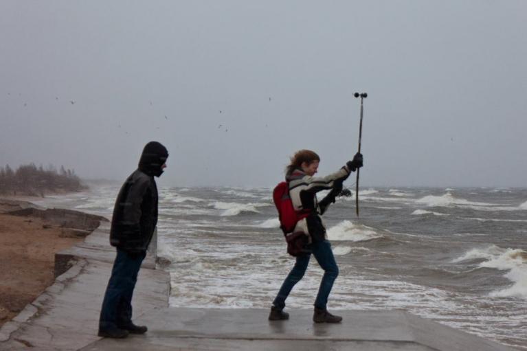 Vētra Daugavgrīvā, mēram vēja ātrumu, 15. marts