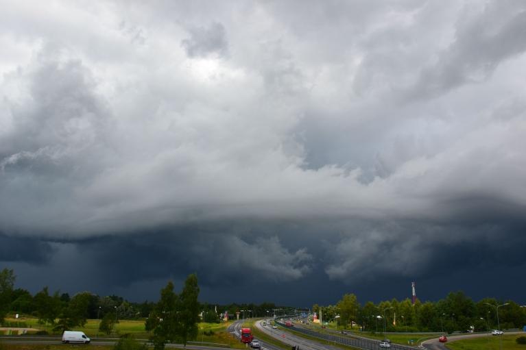 Foto: Rūdolfs. Tas pats negaiss no cita skatu punkta (17.07.)