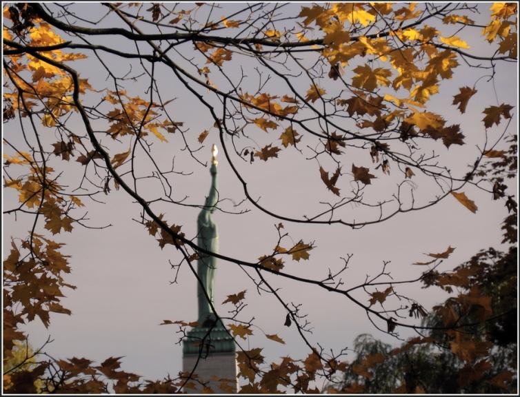 Zelta atvasara Rīgā, 19.oktobris