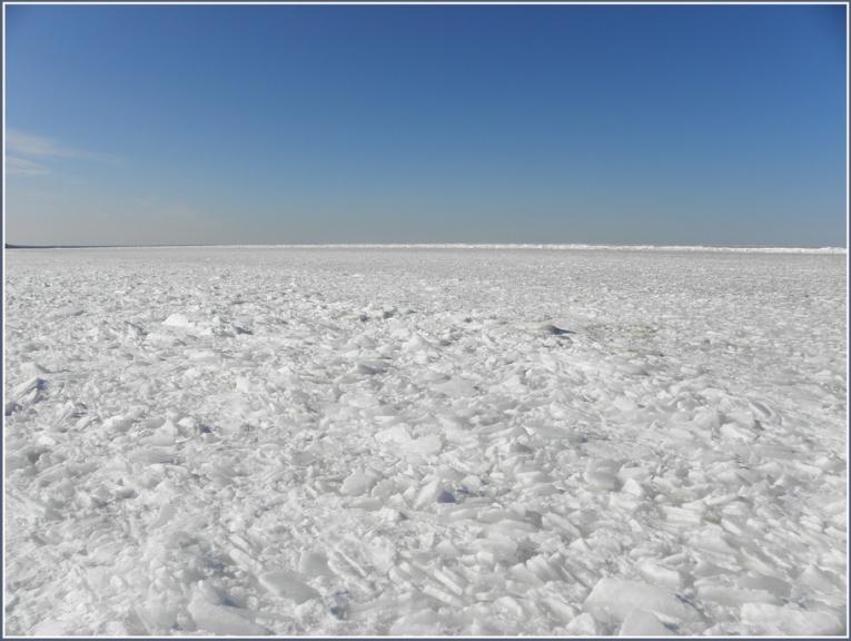 Autors: gubumākonis. Pastaiga pa Rīgas līča ledu 11.03.