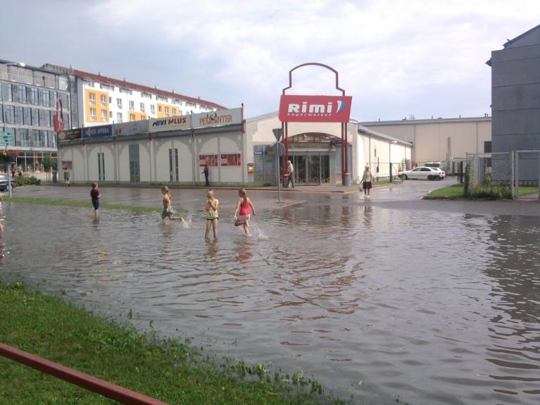 Autors: SparroW. Pēc spēcīgā lietus Tukumā (28.07.)