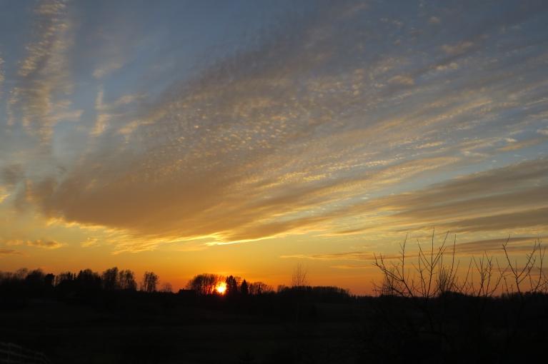 10.marta saulriets un dinamiski mākoņi.