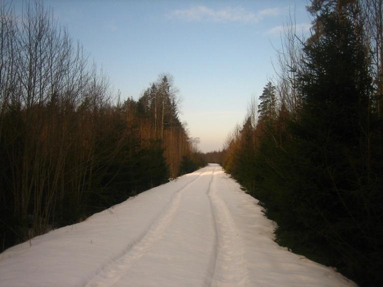 Foto: Lauma. Sniegots vecais Ērgļu dzelzceļš