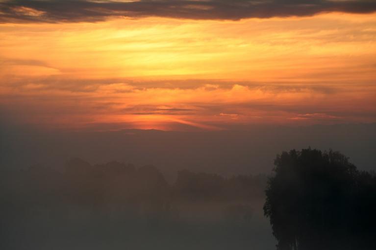 Līgo dienas rīts, gaisa t. +13 C (23.06. pl. 04:38)