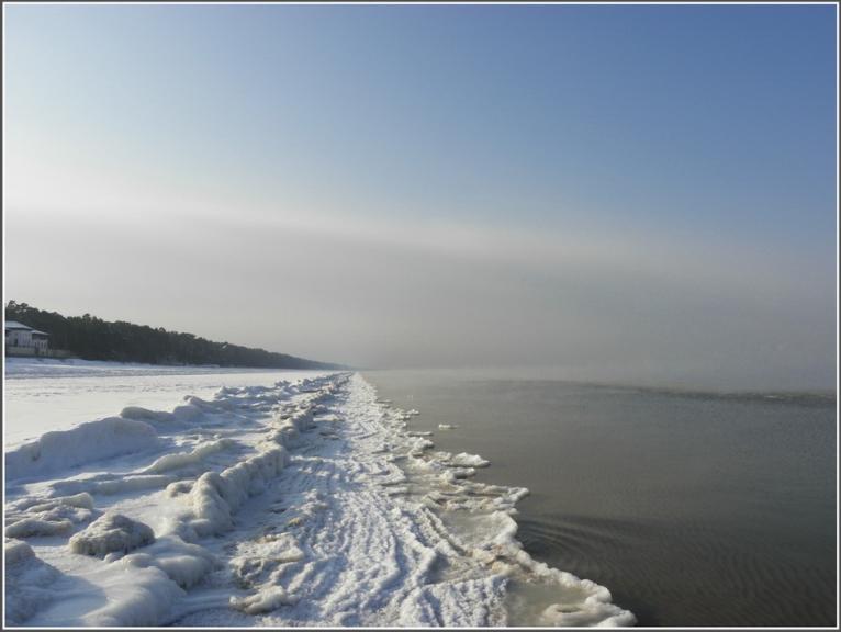"""Autors: gubumākonis. Līcis """"vāras"""" aukstumā.... 03.02.2012. Redzama mezociklona mala tāluma..."""
