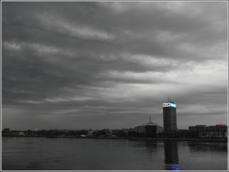 Autors: gubumākonis. Interesanti mākoņi virs Rīgas 4.maijā